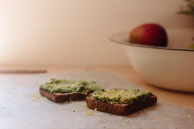 conflicting-health-advice-avocados