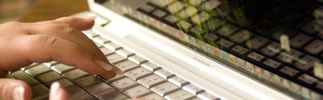 Laptop computer white