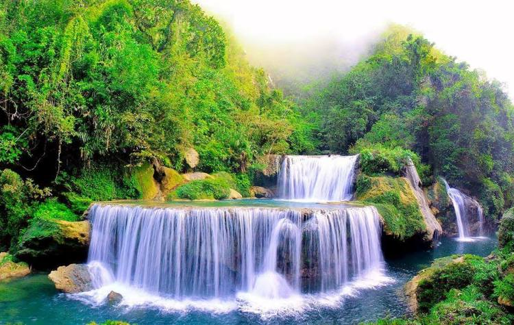 Pinipisakan Falls is one of the tourist spots in Samar Island.