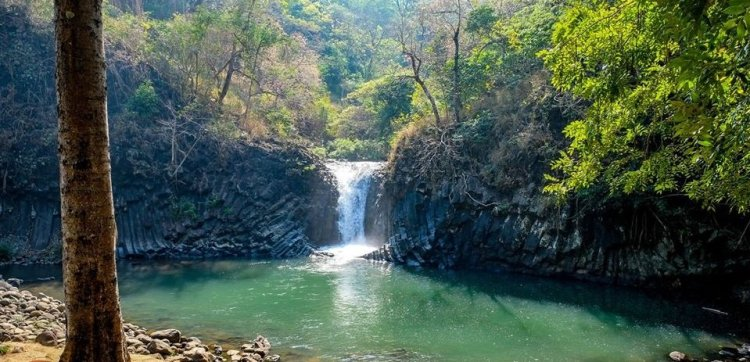 Dunsulan Falls is one of the tourist spots in Bataan