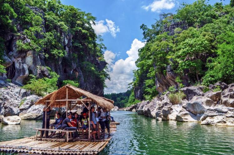 Minalungao National Park is one of the tourist spots in Nueva Ecija.