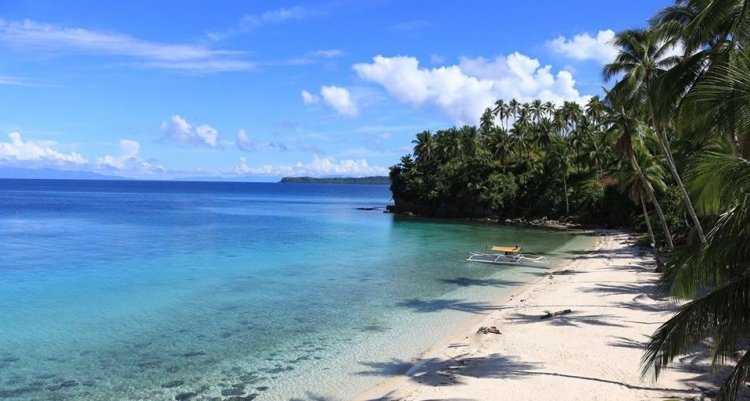 Cab-ilan Beach is one of the popular Dinagat Island tourist spots.
