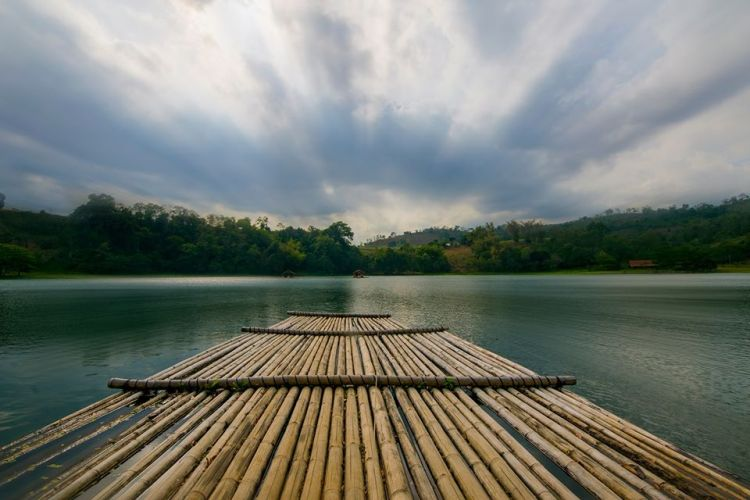 Lake Apo is one of the tourist spots in Bukidnon.