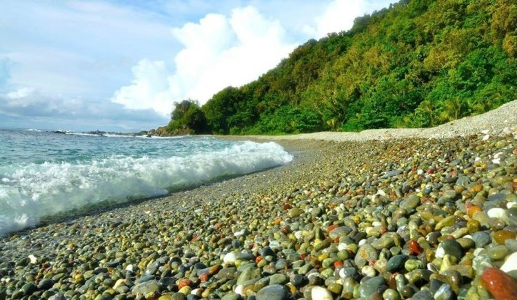 Diagwan Beach is one of the tourist spots in Aurora province.