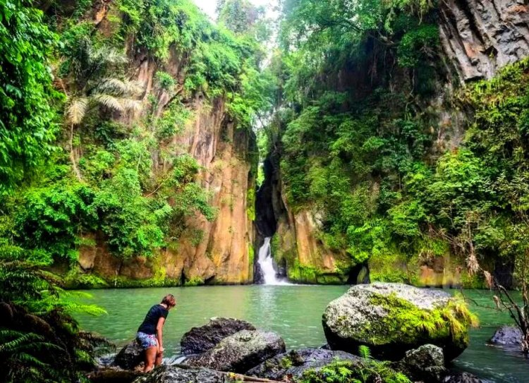 Malibiclibic Falls is one of the hidden Cavite tourist spots/destinations/attractions.
