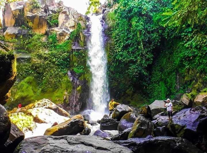 Kanapnapan Falls is one of the best Lanao Del Sur tourist spots.