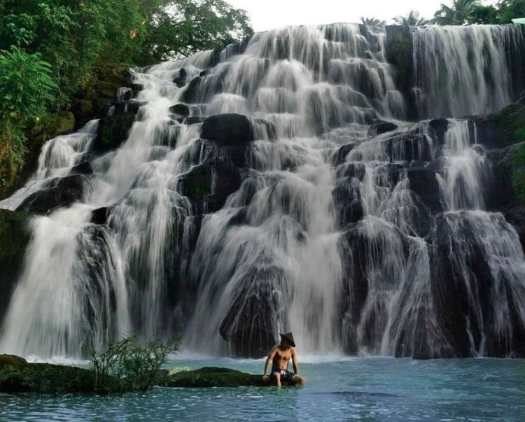 Hidden Falls is one of the best tourist spots/destinations in Laguna province.