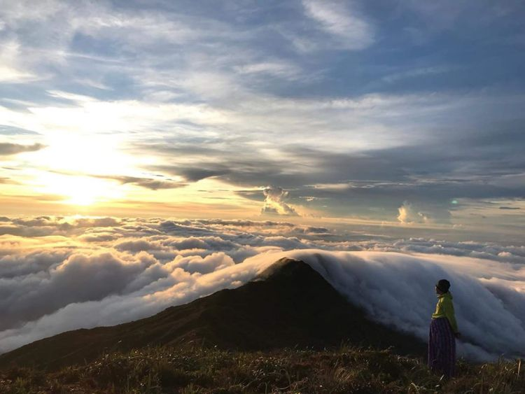 Mount Halcon is one of the best tourist spots/attractions in Oriental Mindoro.