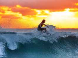 Surf Hawaii Oahu