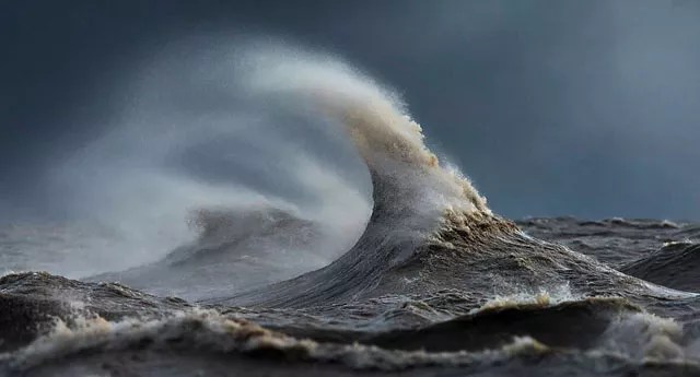 lake-erie-liquid-mountain-6