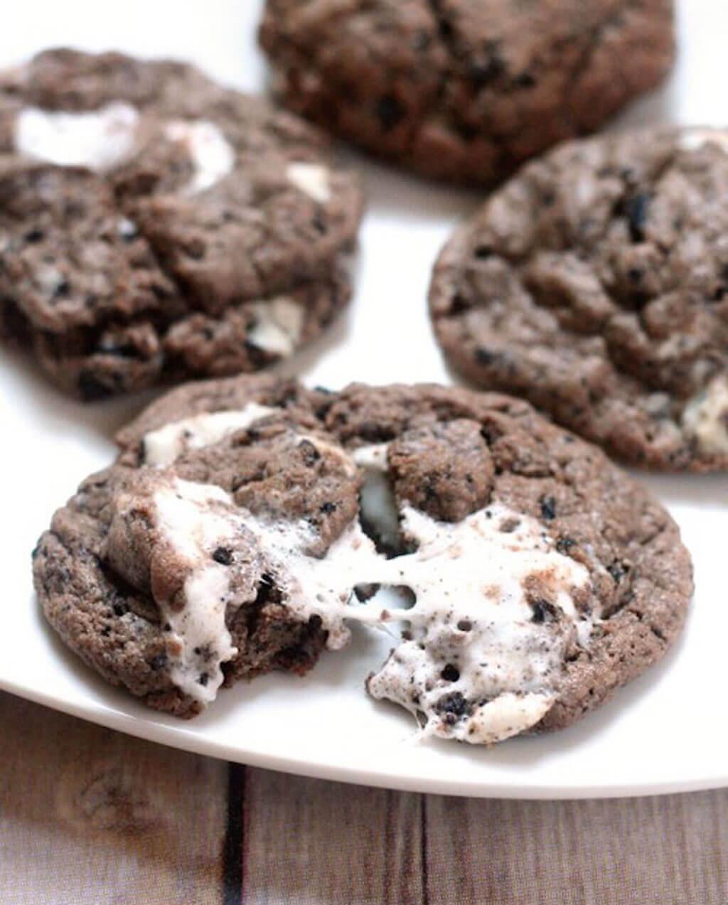 Marshmallow Oreo Chip Cookies