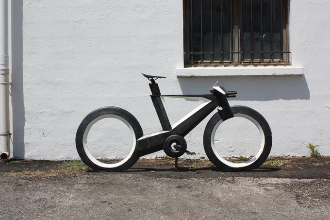 cyclotron-spokeless-smart-bicycle-1