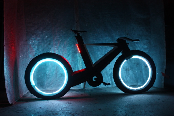 cyclotron-spokeless-smart-bicycle-4