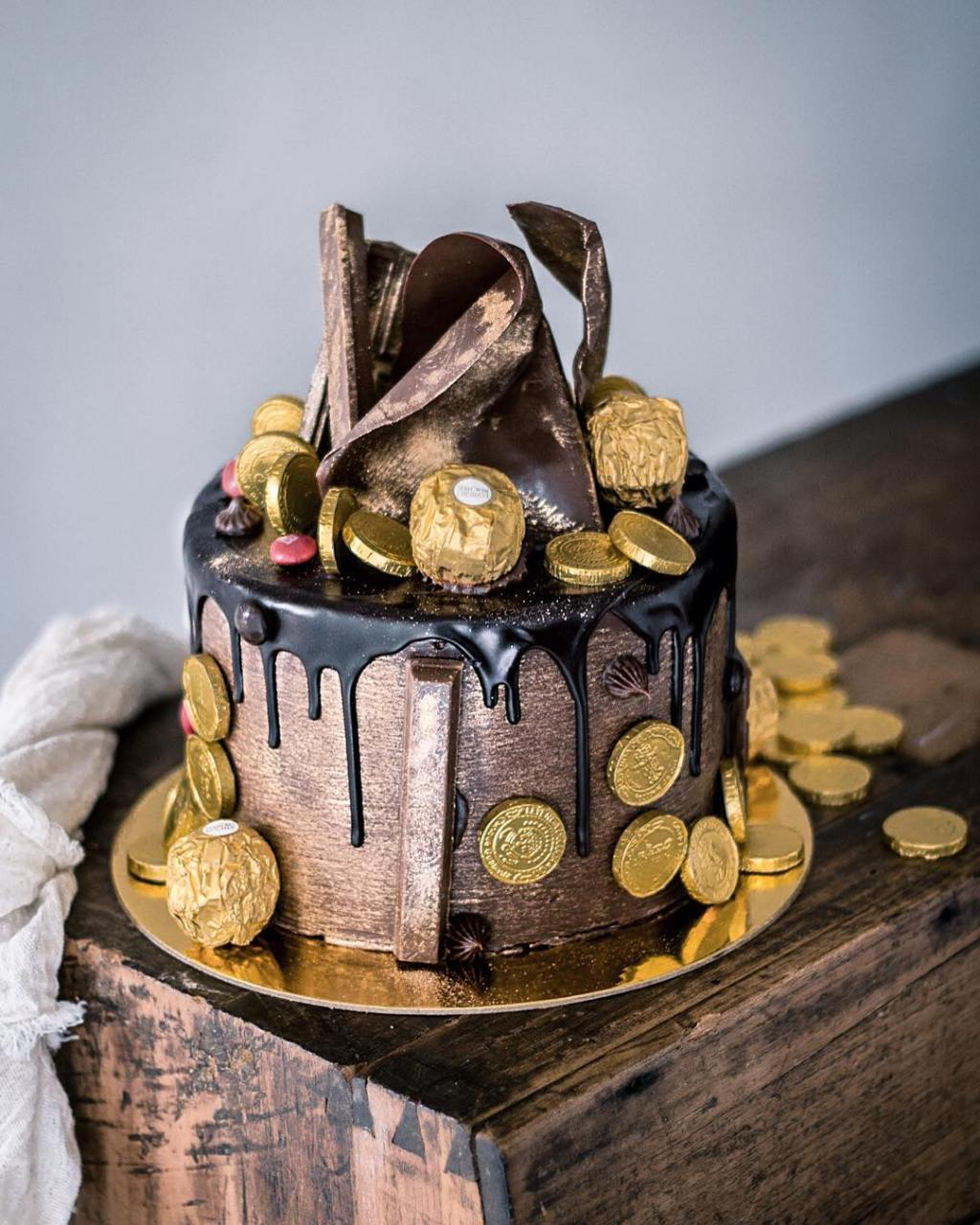 julian-angel-cakes-fairytales-5