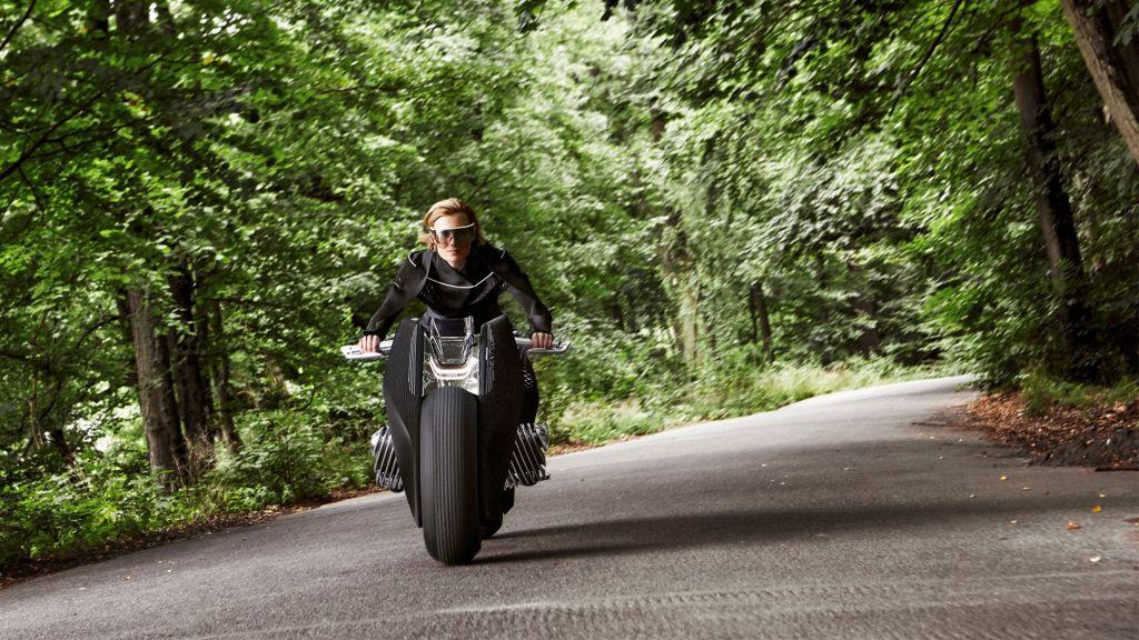 bmw-futuristic-self-balancing-motorcycle-concept-4