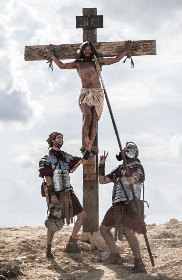 Organ donation ad featuring Jesus at the crucifixion sparks controversy