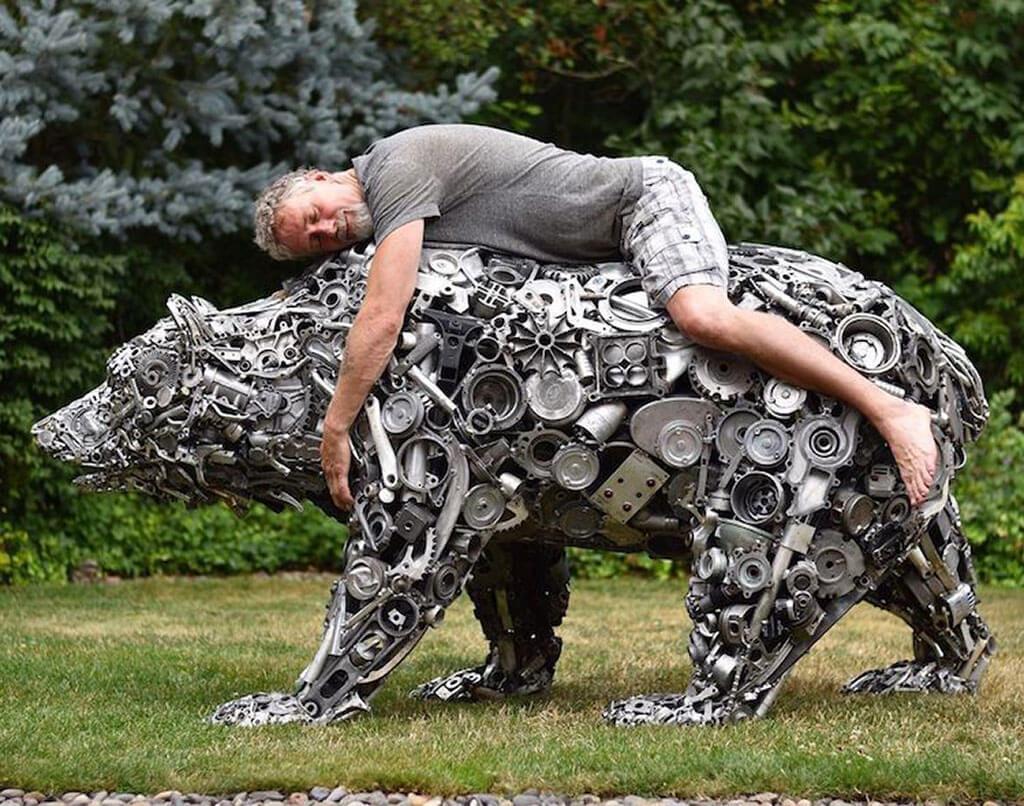 Scrap metal bear sculpture