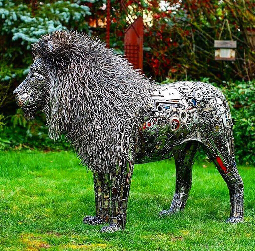 Animal sculptures by upcycling artist Brian Mock