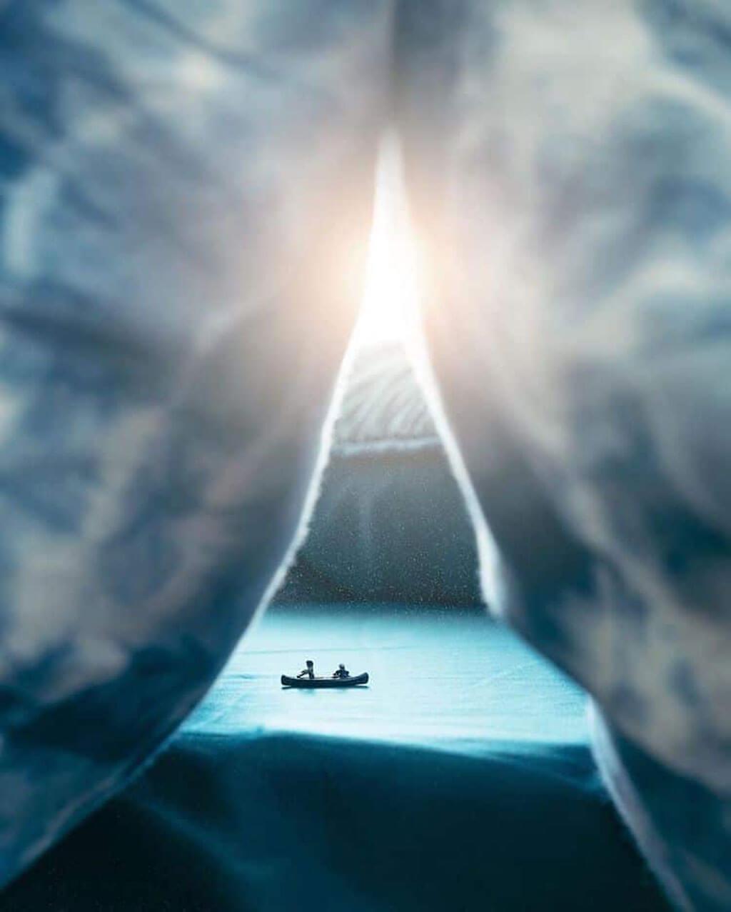 Canoe trip miniature scene