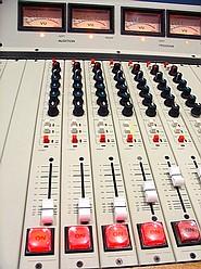 Como elegir la Consola de la Radio