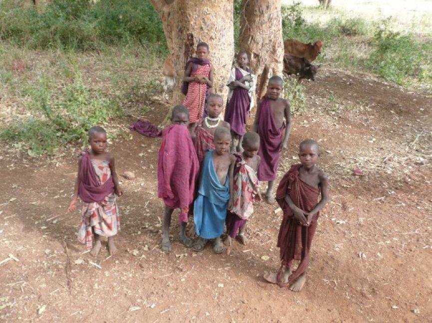 Julia Ember travel photos - Tanzanians