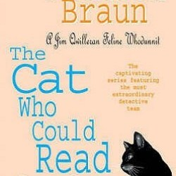 #BookReview: THE CAT WHO COULD READ BACKWARDS by Lilian Jackson Braun