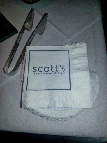scott's restaurant and bar, winter crafted cocktails, foodies, costa mesa,