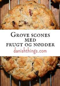 Grove scones med frugt og nødder - grahamsscones © danishthings.com
