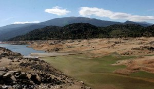 3455 ימים ואגמים, ספרד