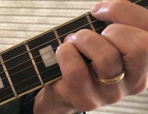 Fingering a Gmaj7