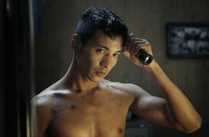 ウォン・ビンは主演の映画「アジョシ」で強くて心優しい男性を演じきった。