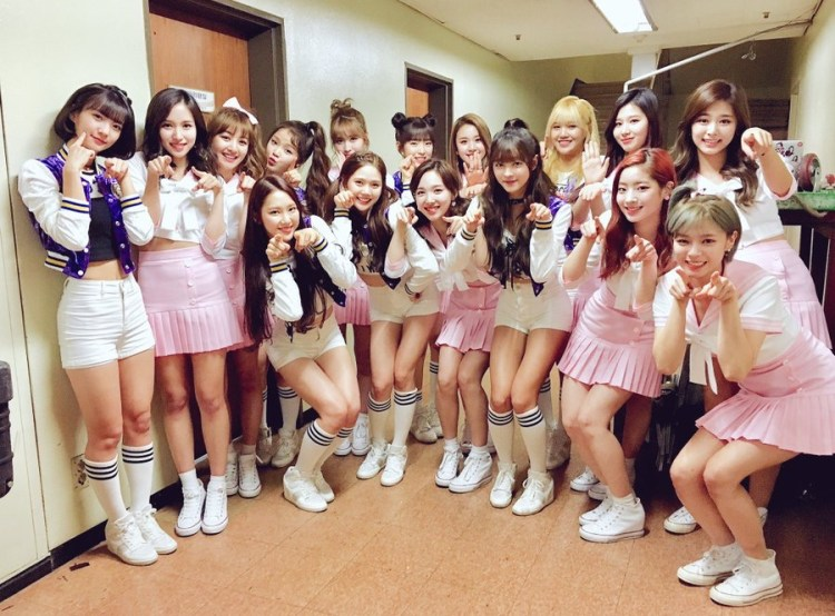 TWICE × OH MY GIRL