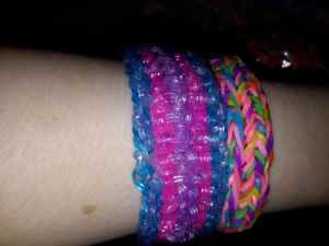 One side of the reversible bracelets. The SlipFish is on the left, the 5 Pin Funky Fish is on the right.