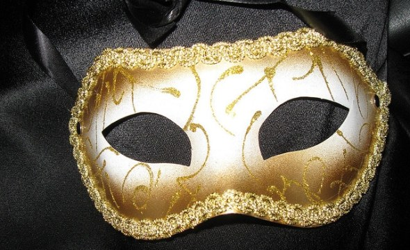 Affiliate marketing masks