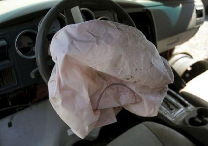 Auto Airbag Settlement >> Takata Airbag Settlement Check If You Re Eligible To Receive 250