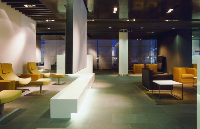 amex platinum Munich Frankfurt lounges