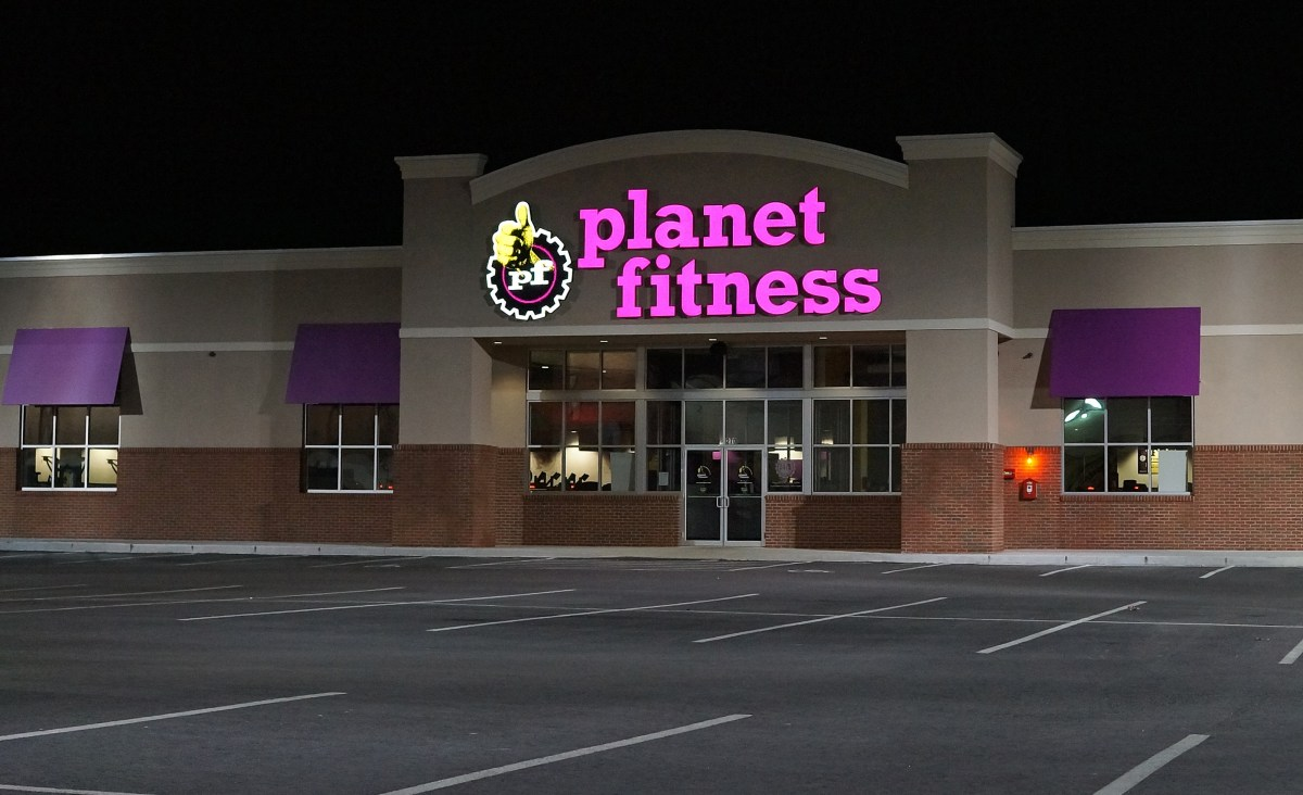 Free Planet Fitness Membership for the Summer, Plus Chance at Scholarship (15-18 Year Olds Only)