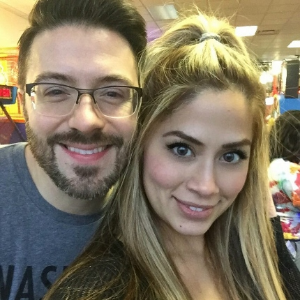 Danny Gokey and Leyicet 01 23 16 (430x430)
