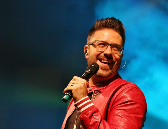 Close up of Danny gokey