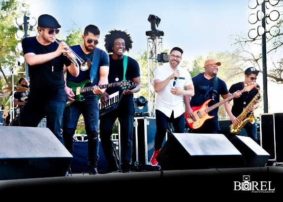 The Danny Gokey Band at Fishfest Sacramento by Borel Photo