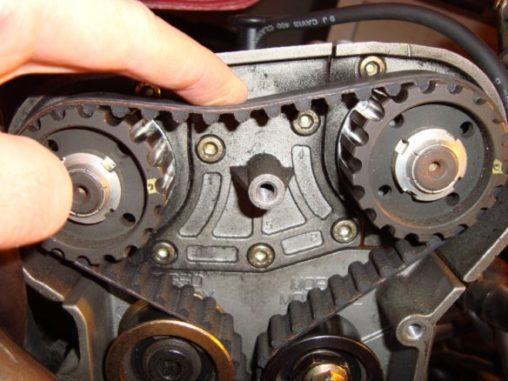 Transfers The Rotation Of The Crankshaft To