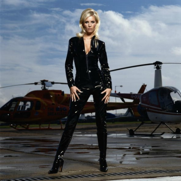 Denise Van Outen Helicopter