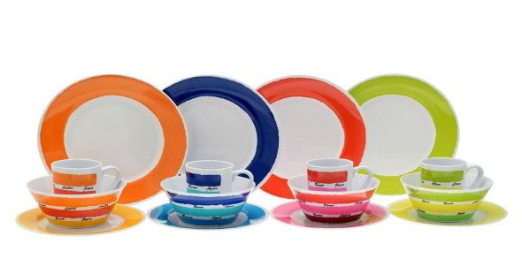 Multi-coloured plates