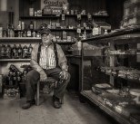 bob-craven_store_bw