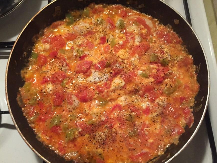 menemen opskrift, hvad er menemen, hvordan laver man menemen, tyrkiske retter, tyrkiske opskrifter, tyrkisk morgenmad, alanya blog, alanya blogger, hverdagen i tyrkiet, dansk i tyrkiet