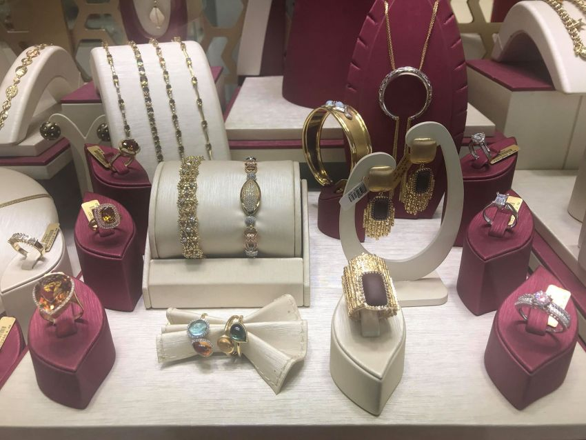 guld i tyrkiet, guld i alanya, købe guld i tyrkiet, hvorfor er guld billigere i tyrkiet, shopping i Alanya, købe guld i alanya, hvad kan med fordel købes i alanya, steffany diamond alanya, alanya blog, alanya blogger, tyrkiet blog, tyrkiet blogger, guldsmykker tyrkiet, guldbutik alanya, guldsmed i alanya, alanya ældste guldsmed