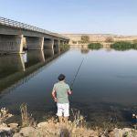 Fisketur ved den røde flod