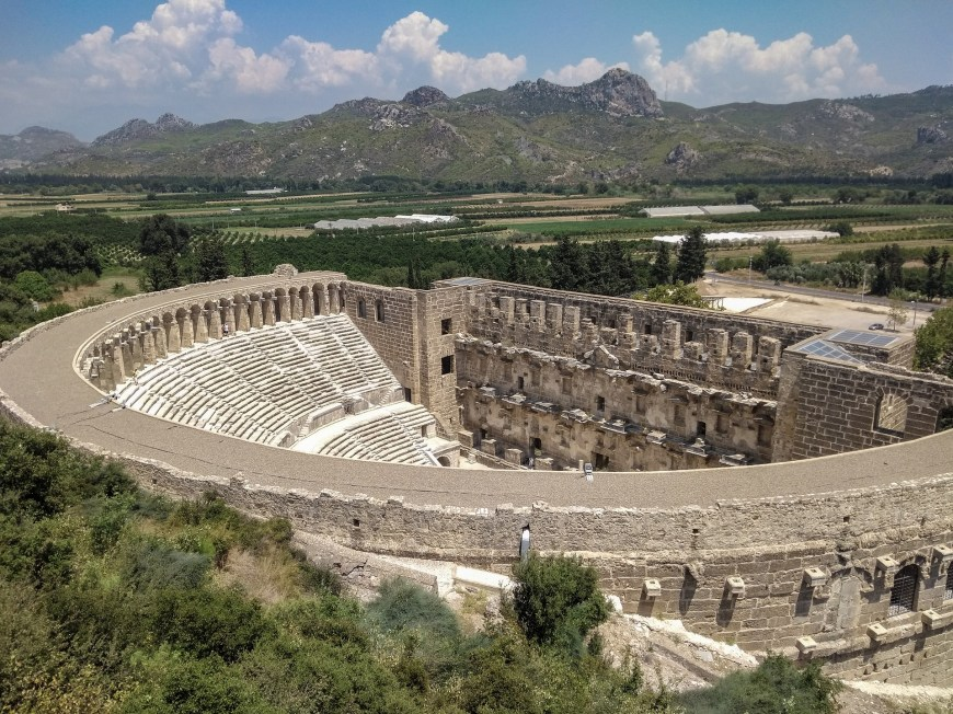 aspendos teatret, aspendos teater tyrkiet, tyrkisk amfiteater, aspendos amfiteater, antalya amfiteater,