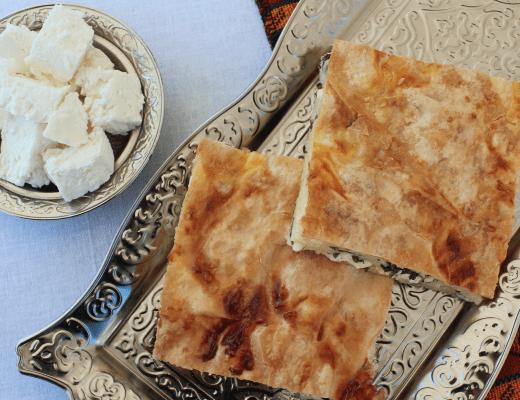 tyrkisk börek opskrift, tyrkiske opskrifter, tyrkisk mad, tyrkisk brød, nemme tyrkiske opskrifter, börek opskrifter, börek med persille og feta, dansk i tyrkiet, alanya blogger, alanya blog, tyrkiet blogger, tyrkiet blog,