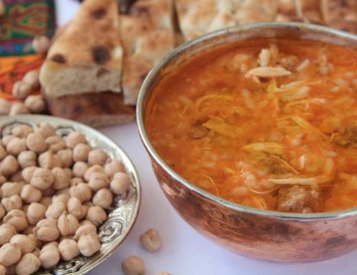 alanya bryllupssuppe, tyrkisk bryllupssuppe, tyrkiske supper, tyrkiske retter, tyrkisk mad, tyrkisk mad til bryllup, tyrkiske opskrifter, tyrkiske madopskrifter, det tyrkiske køkken, tyrkisk suppe med kylling, tyrkisk suppe med kødboller,